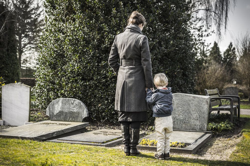 Who Can File a Wrongful Death and Loss of Consortium Claim?
